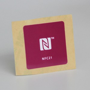 on metal NFC tags