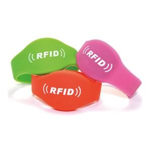 Passive RFID bracelet